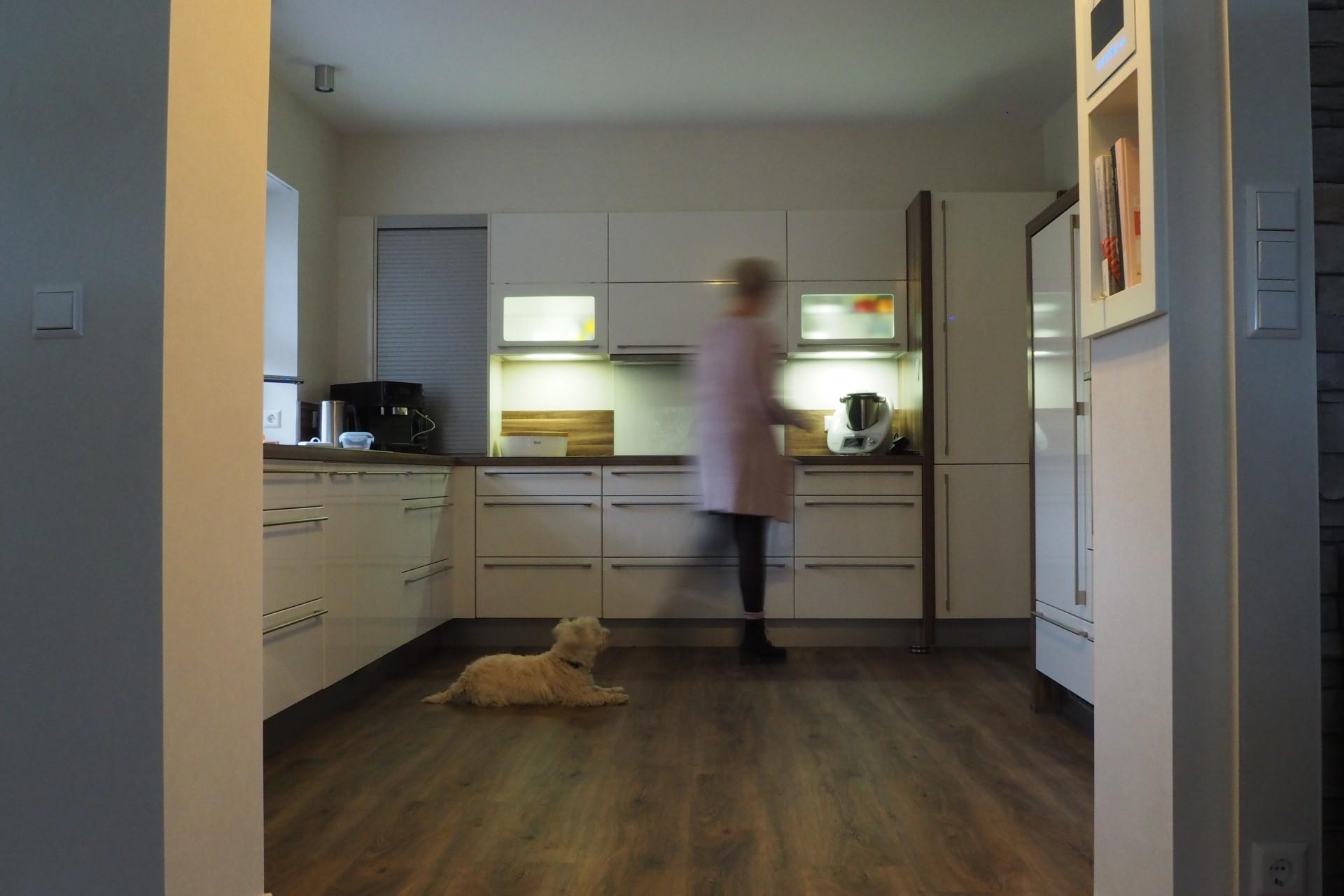 Strapazierfähiger Designboden - perfekt für hoch frequentierte Räume